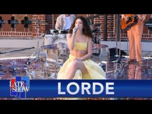 Lorde brings the summer jams to Colbert with 'Solar Power ...