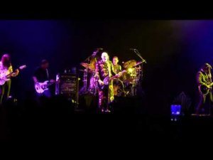 Riot Fest: Smashing Pumpkins play 'Quiet' for the first time in 27 years